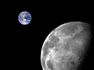 حجم الأرض والقمر